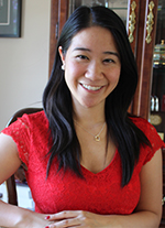 East Kentwood High School graduate Julia Nguyen completed an internship at VAI studying pointing behavior in canines