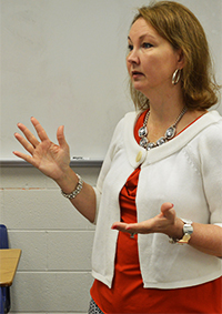 """""""We the People"""" coach and government teacher Janice Yates talks to students"""