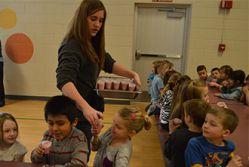 Students enjoy strawberry smoothies